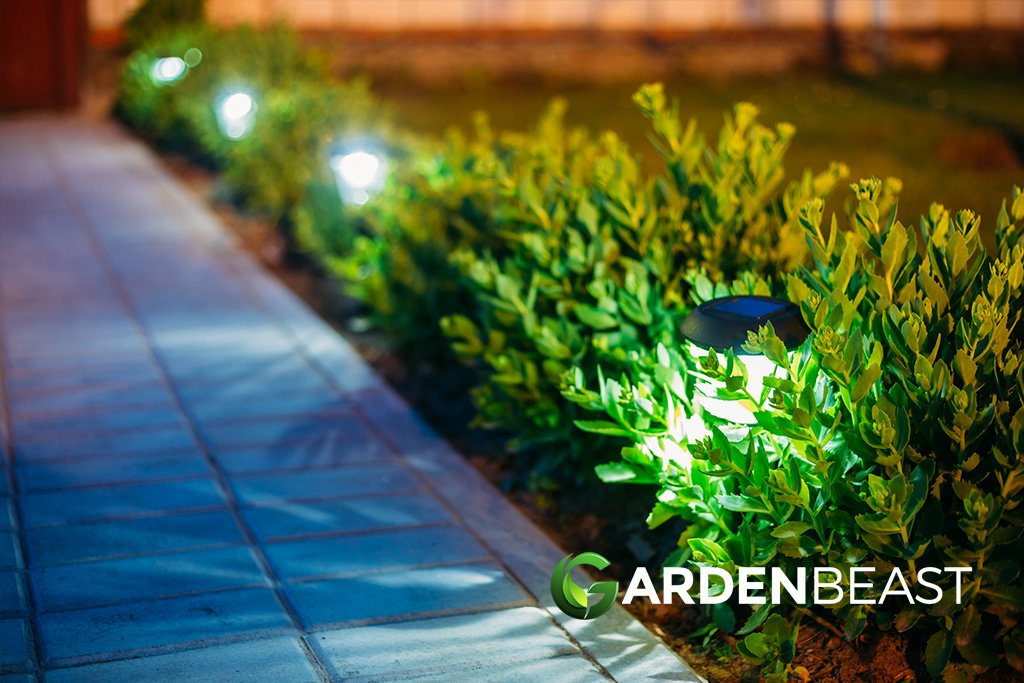 Best Outdoor Solar Lights Reviews 2020 Complete Guide