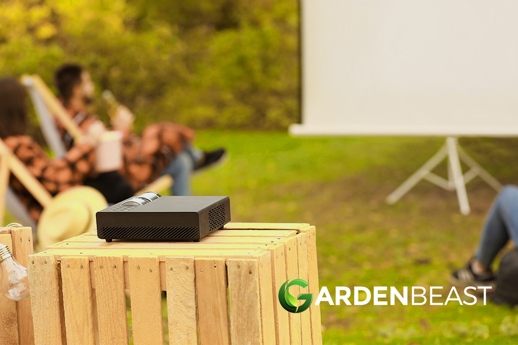 Best Outdoor Projector